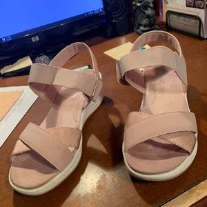 7.5w easy spirit sandals, like new